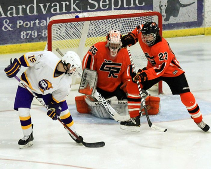 Griffins end six-game home stand with 3-2 to Heat