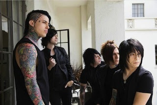 Radke, Escape The Fate bury the hatchet