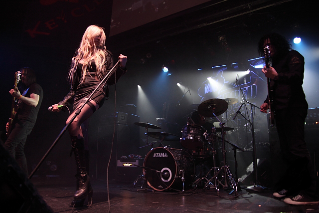 Taylor Momsen and The Pretty Reckless Make History