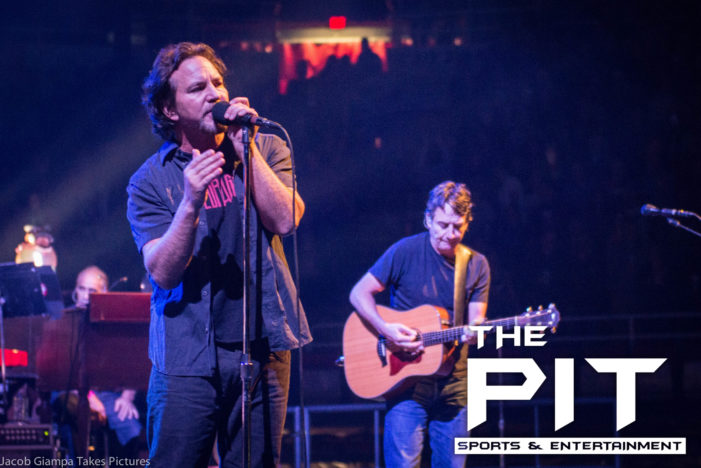 Pearl Jam electrifies sold out Detroit crowd