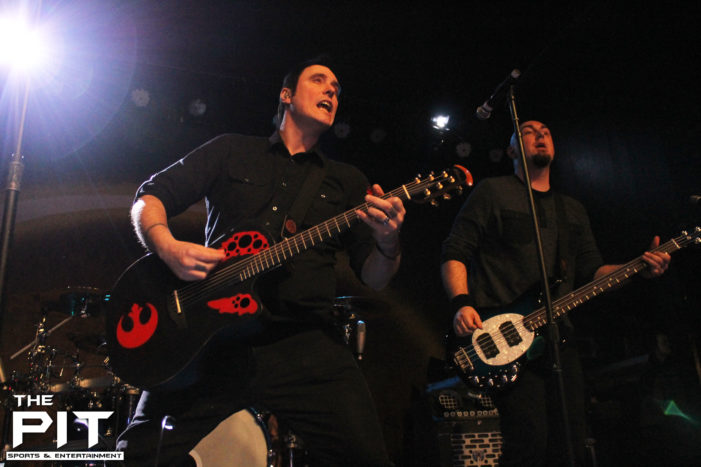 Acoustic evening with Breaking Benjamin