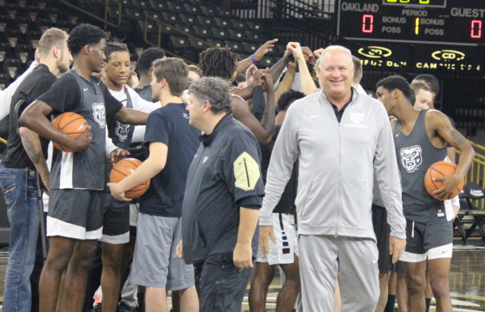 "PREVIEW: Greg Kampe knows experienced Golden Grizzlies need ""huge year"""